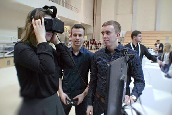 Презентация VR на Первом Молодежном Московском Медиафоруме